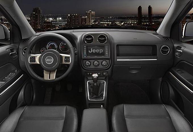 jeep compass 2 2 crd 163 4wd limited 2006 prix moniteur automobile. Black Bedroom Furniture Sets. Home Design Ideas