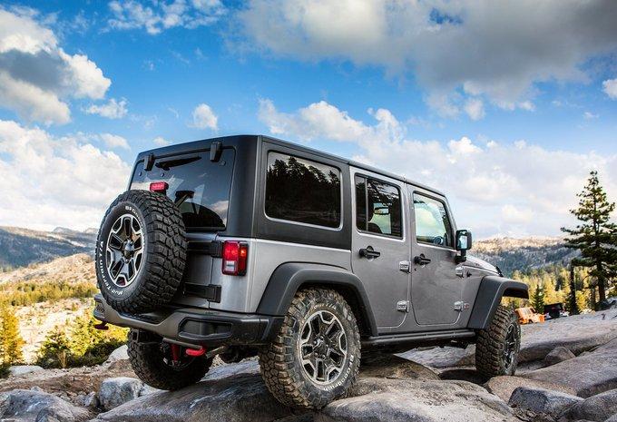 jeep wrangler unlimited 3 6l v6 rubicon aut 2018 prix. Black Bedroom Furniture Sets. Home Design Ideas