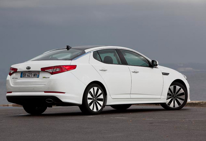 kia optima 2 0 executive auto hybride 2012 prix moniteur automobile. Black Bedroom Furniture Sets. Home Design Ideas