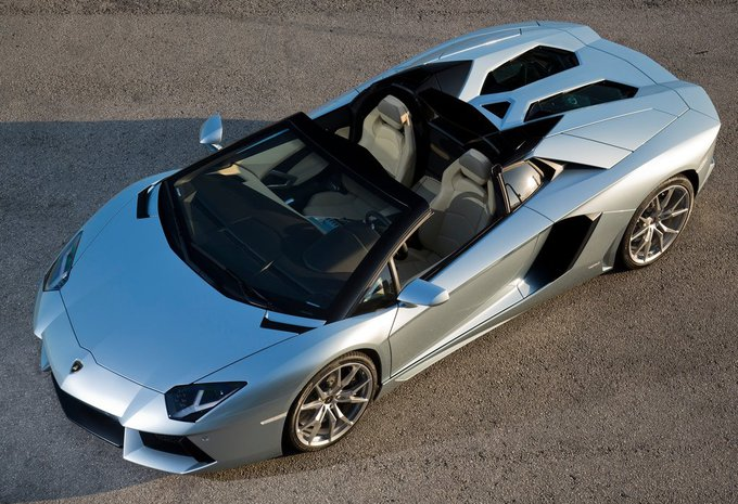 lamborghini aventador roadster 6 5 v12 roadster lp700 4 2016 prix moniteur automobile. Black Bedroom Furniture Sets. Home Design Ideas