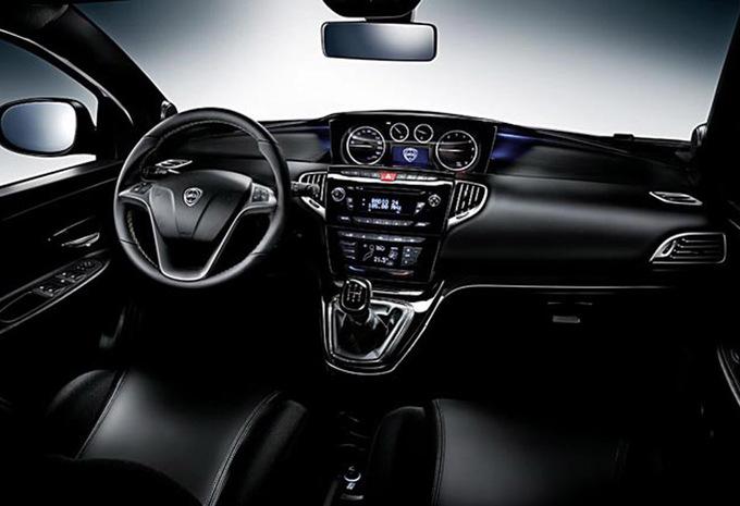 lancia ypsilon 5p 0 9 twinair platinum 2011 prix moniteur automobile. Black Bedroom Furniture Sets. Home Design Ideas