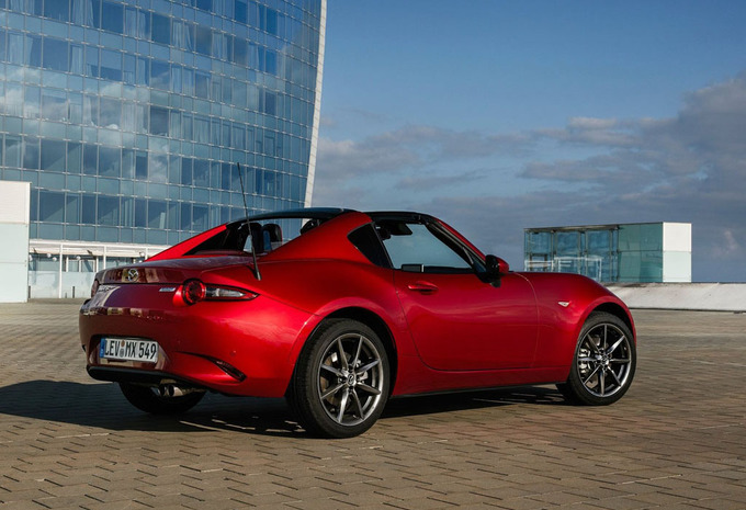 mazda mx 5 coup 2 0 skyactiv g 184 aut skycruise rf. Black Bedroom Furniture Sets. Home Design Ideas