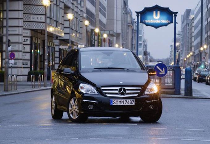 Prijs mercedes benz b klasse b 200 cdi 136 2005 autogids for Mercedes benz cool springs