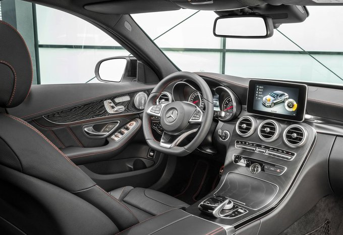 Mercedes benz classe c berline c 200 d avantgarde 2017 for Interieur e klasse 2017