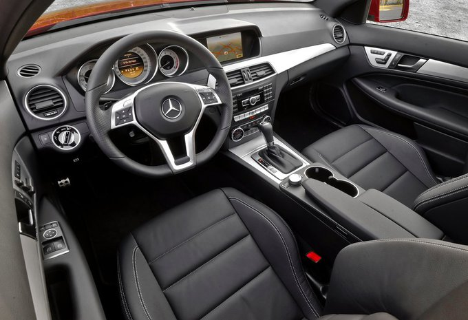 mercedes benz classe c coup c 220 cdi 163 be 2011 prix. Black Bedroom Furniture Sets. Home Design Ideas