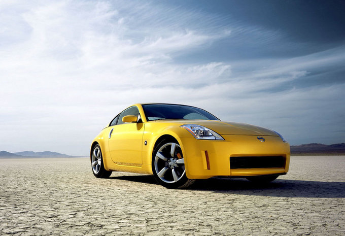 comparaison nissan 350z porsche cayman s moniteur automobile. Black Bedroom Furniture Sets. Home Design Ideas