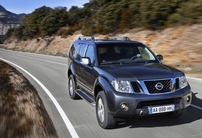 nissan pathfinder 3 0 dci v6 le 2005 prix moniteur automobile. Black Bedroom Furniture Sets. Home Design Ideas