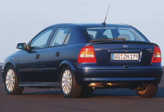 opel astra 5p 1 7 dti comfort 1998 prix moniteur automobile. Black Bedroom Furniture Sets. Home Design Ideas