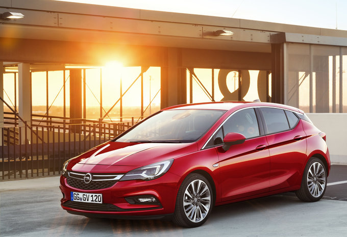 opel astra 5p 1 4 turbo 92kw s s edition 2019 prix moniteur automobile. Black Bedroom Furniture Sets. Home Design Ideas