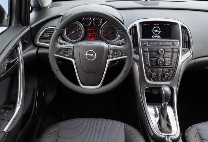 Fantastyczny Prijs Opel Astra Sports Sedan 1.6 85kW Cosmo (2017) - AutoGids MF22