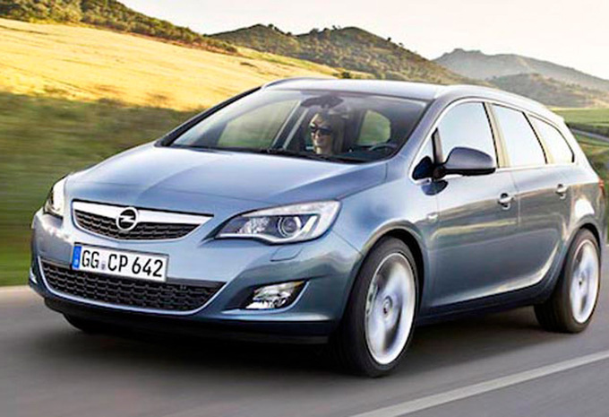 opel astra sports tourer 1 7 cdti 110 cosmo 2010 prix moniteur automobile. Black Bedroom Furniture Sets. Home Design Ideas