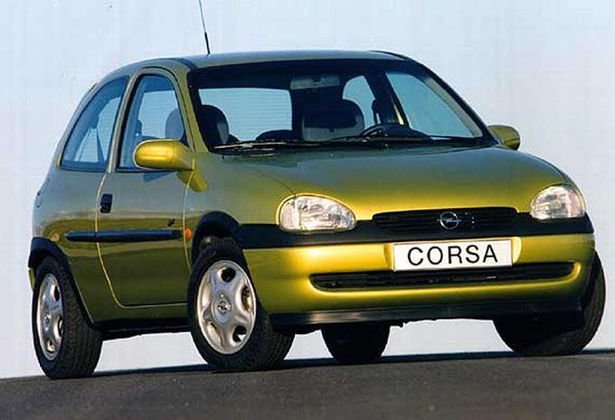 [Sujet officiel] Les Générations de modèles - Page 8 Opel--corsa-3p--1997-m-1