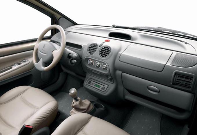 renault twingo 3p 1 2 16v initiale prix moniteur automobile. Black Bedroom Furniture Sets. Home Design Ideas