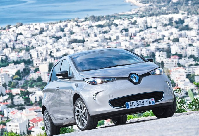 renault zoe bose edition b buy 2017 prix moniteur automobile. Black Bedroom Furniture Sets. Home Design Ideas