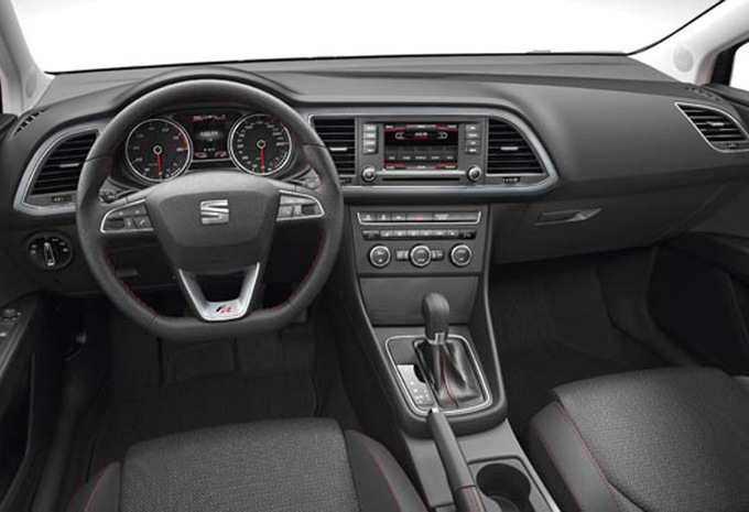 seat leon 1 6 tdi 105 style 2012 prix moniteur automobile. Black Bedroom Furniture Sets. Home Design Ideas