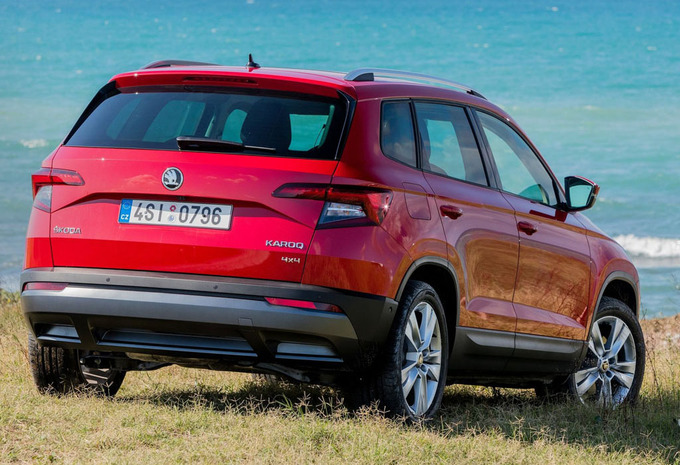 skoda karoq 1 5 tsi 110kw ambition 2019 prix moniteur automobile. Black Bedroom Furniture Sets. Home Design Ideas