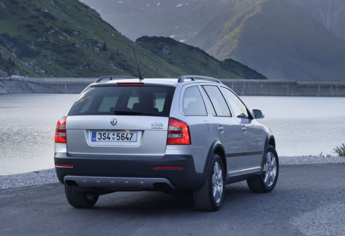 prijs skoda octavia scout 1 8 tsi 4x4 scout 2013 autogids. Black Bedroom Furniture Sets. Home Design Ideas