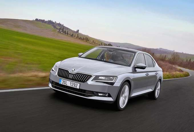 skoda superb 5p 2 0 crtdi 110kw style 2019 prix moniteur automobile. Black Bedroom Furniture Sets. Home Design Ideas