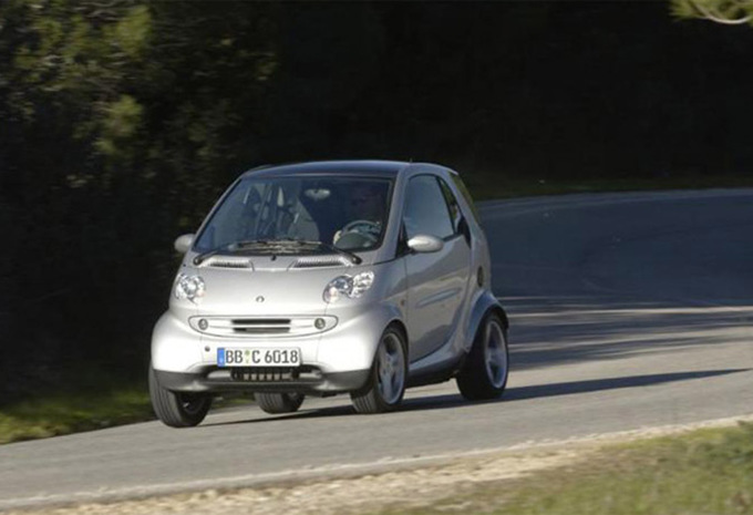 smart fortwo brabus 55kw 1998 prix moniteur automobile. Black Bedroom Furniture Sets. Home Design Ideas
