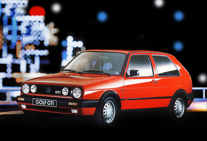 volkswagen golf ii 3p 1 8 gt syncro 87ch 1983 prix moniteur automobile. Black Bedroom Furniture Sets. Home Design Ideas