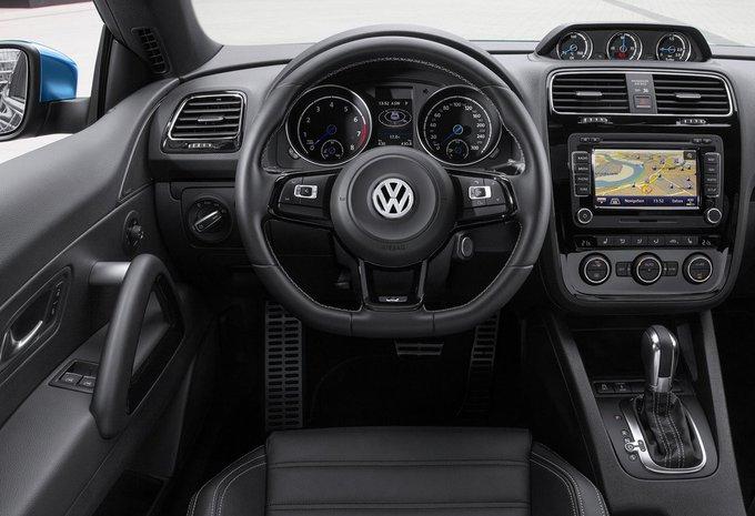 volkswagen scirocco 2 0 tdi 110kw r line 2017 prix moniteur automobile. Black Bedroom Furniture Sets. Home Design Ideas