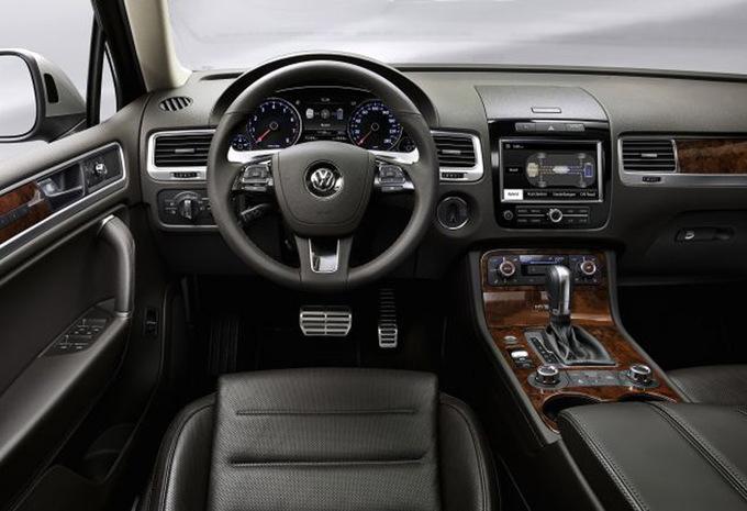 prijs volkswagen touareg 3 0 v6 tdi 240 2010 autogids. Black Bedroom Furniture Sets. Home Design Ideas