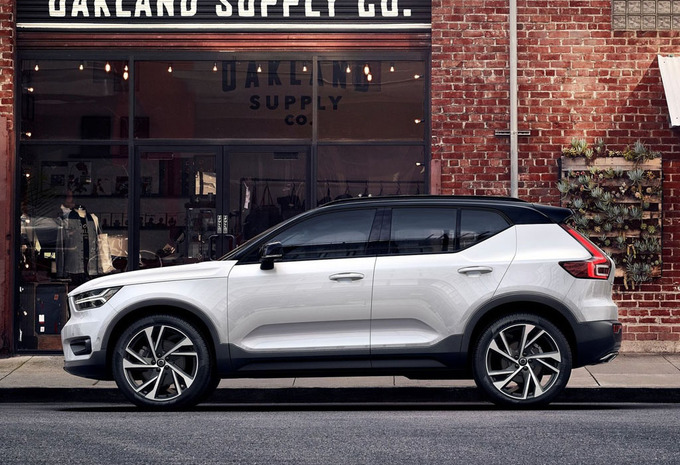 prijs volvo xc40 t5 awd geartronic momentum 2020 autowereld. Black Bedroom Furniture Sets. Home Design Ideas