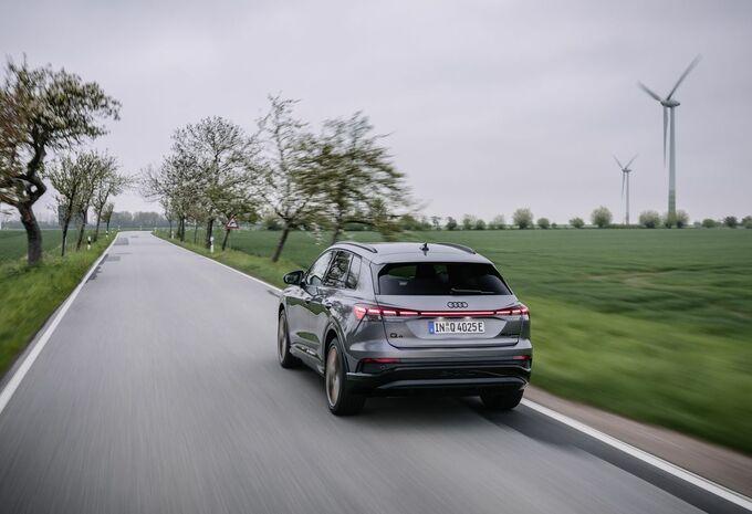 Audi Q4 40 e-tron (2021) #1