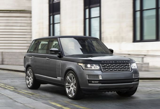 range rover svautobiography bicolore 550 ch moniteur automobile. Black Bedroom Furniture Sets. Home Design Ideas