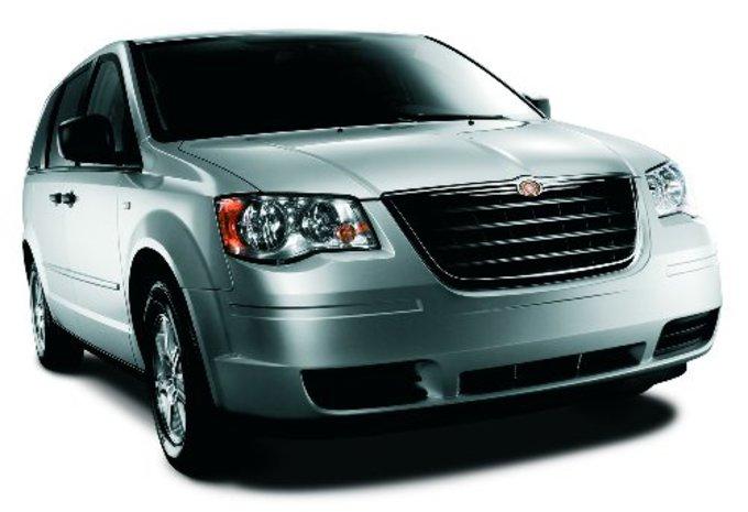 Chrysler Grand Voyager Crew Cab  #1