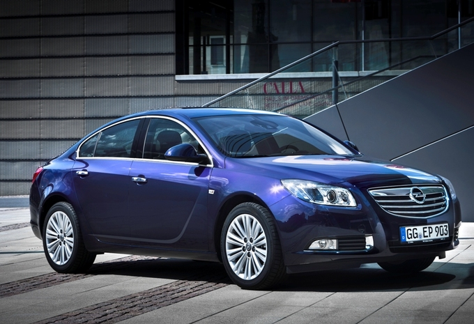 photos opel insignia moniteur automobile. Black Bedroom Furniture Sets. Home Design Ideas