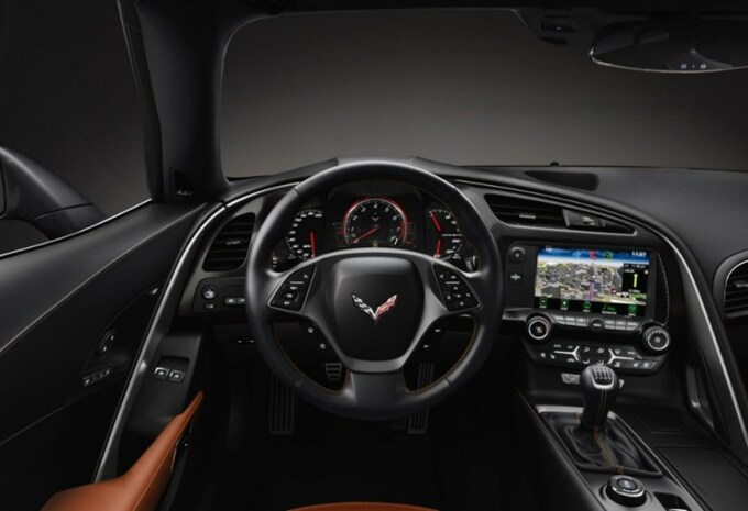 Chevrolet test de C7 Stingray in Europa #3