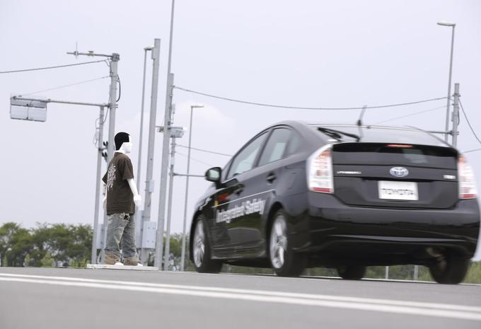 Évitement piéton Toyota #2