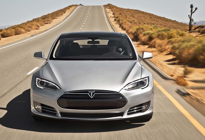 Tesla Model S opgefrist #1