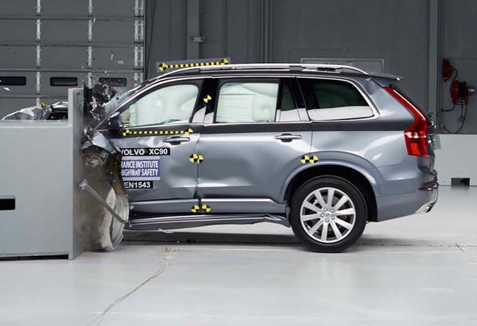 Volvo : le XC90 résiste à un super crash-test aux USA #1