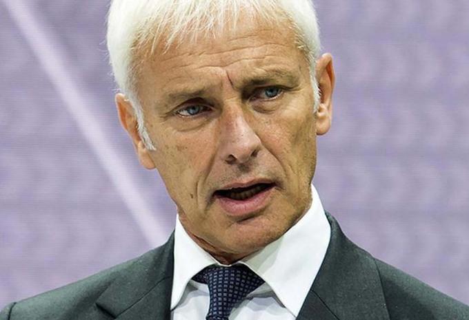 Affaire Volkswagen : le nouveau PDG Matthias Müller promet des coupes sombres au personnel #1