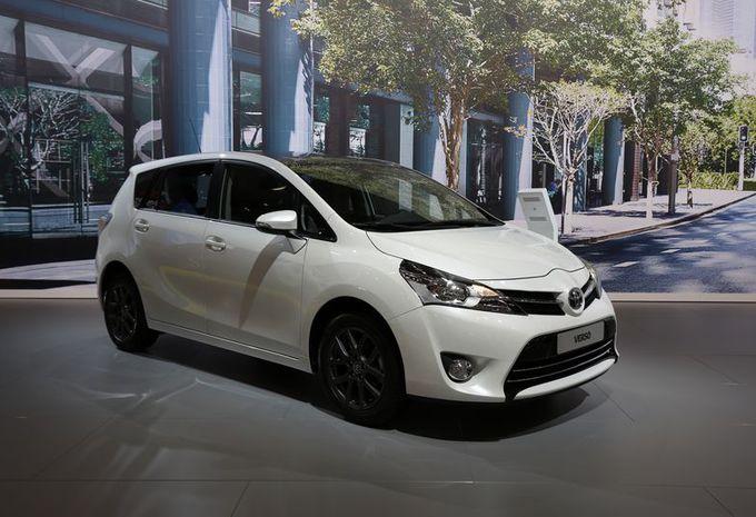 Toyota verso 2016 neuve achat toyota verso 2016 par for Achat salon belgique