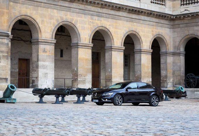 renault talisman lue plus belle voiture de l ann e 2015 moniteur automobile. Black Bedroom Furniture Sets. Home Design Ideas