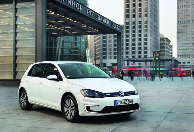 Volkswagen rappelle des Golf électriques #1