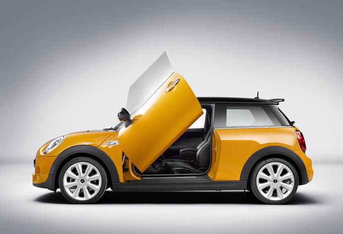 photos portes papillon en option chez mini moniteur automobile. Black Bedroom Furniture Sets. Home Design Ideas