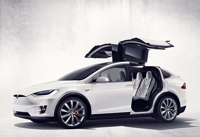 Tesla rappelle 2600 Model X #1