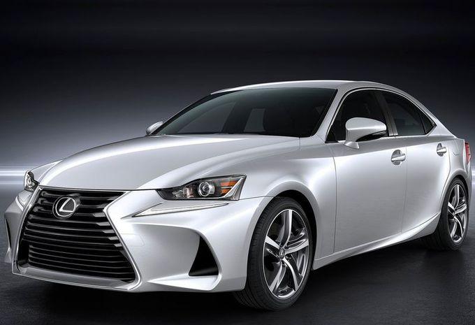 Lexus : la berline IS se refait une beauté  #1