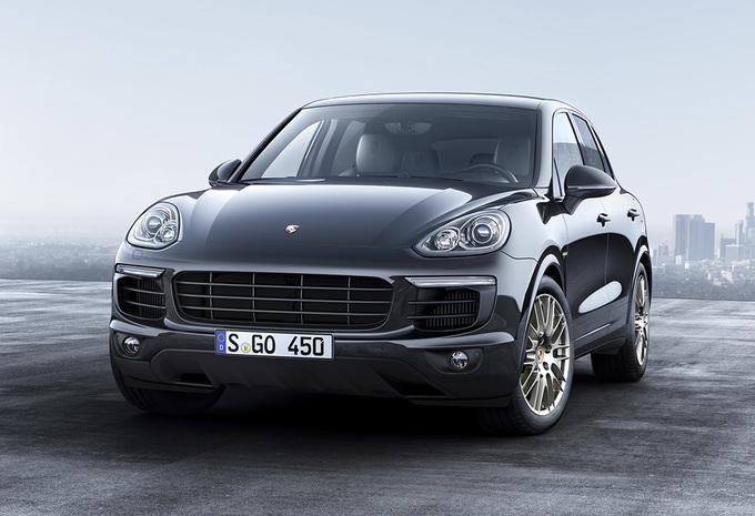 Als het nog wat meer mag zijn, de Porsche Cayenne Platinum Edition #1