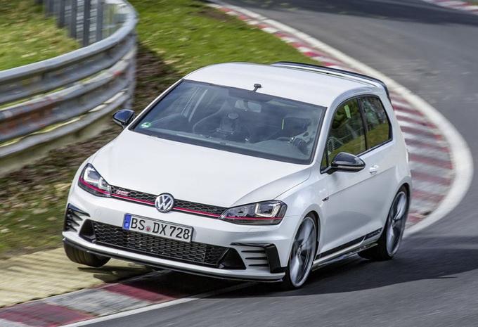 VW Golf GTI Clubsport S snelste hot hatch op de Nordschleife - video #1
