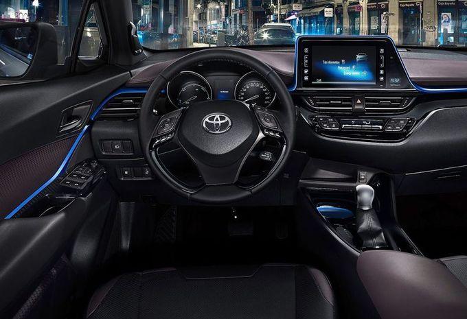 Toyota C-HR : vues intérieures #1
