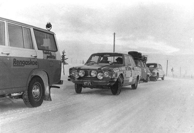 photos les pneus hiver pour voiture ont 80 ans moniteur automobile. Black Bedroom Furniture Sets. Home Design Ideas