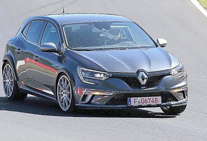 Renault Mégane RS : Nouveau 2 litres et 4 roues directrices #1