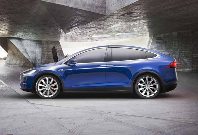 Tesla Model X : La gamme commence avec le 75D #1