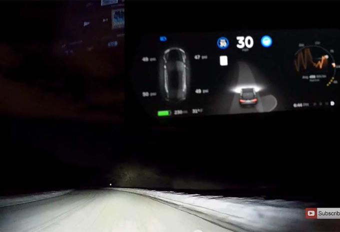 Tesla: nieuwe Autopilot werkt ook op sneeuw #1
