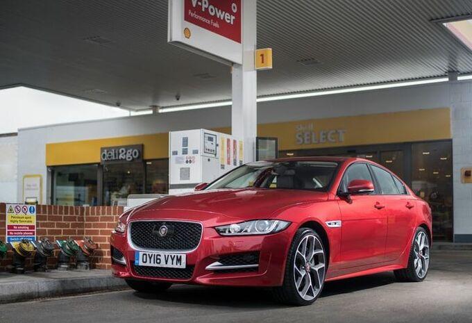 Betaal je tankbeurt met je Jaguar #1